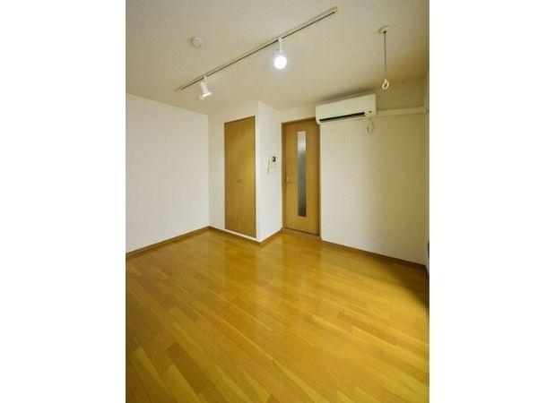 Lines: JR Yamanote, Tozai & Fukutoshin Takadanobaba station, 1 Bedroom Bedrooms, ,1 BathroomBathrooms,Apartment,Tokyo,Takadanobaba station ,1081